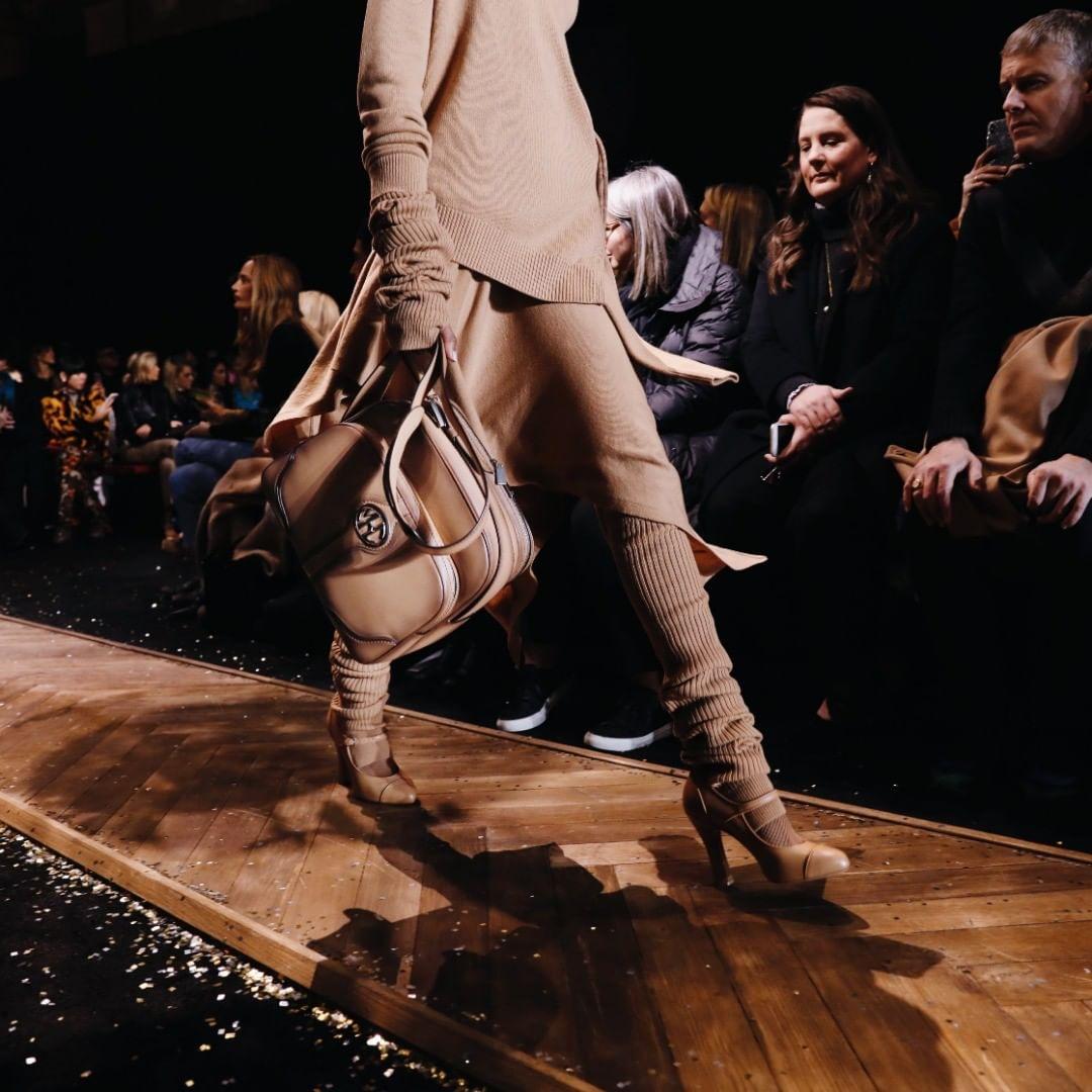 коричневая сумка фото 16