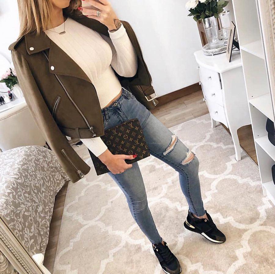 джинсы с кроссовками и кедами фото 1