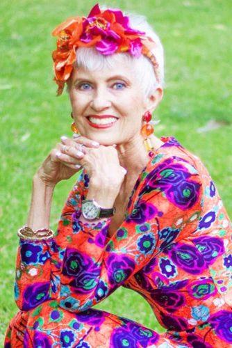 прически с чёлками для пожилых женщин фото 9