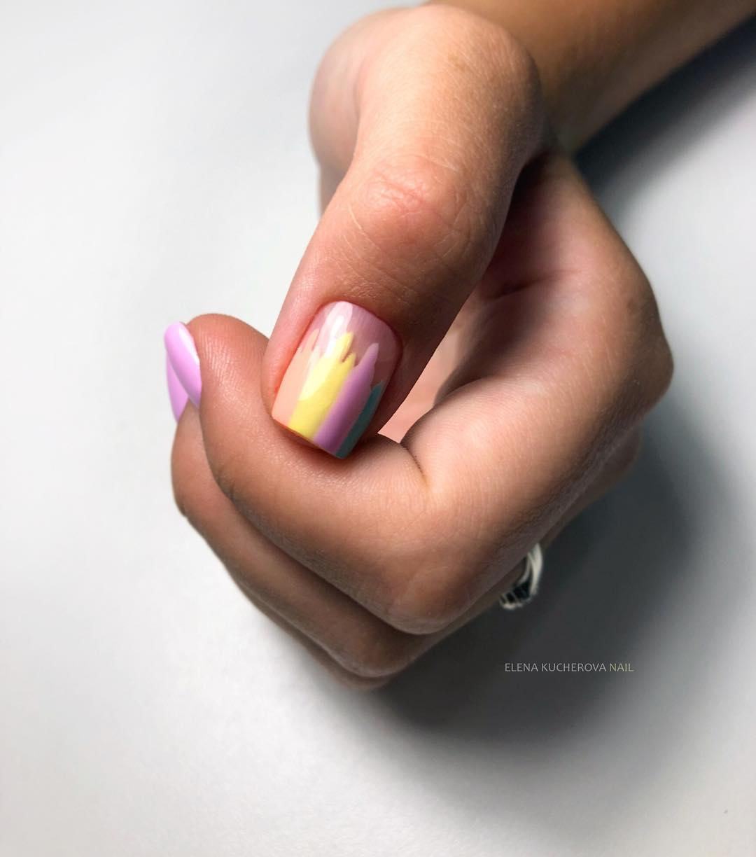 дизайн мазки кистью на ногтях фото_17