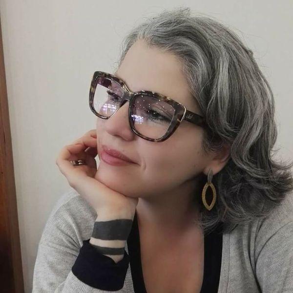 прически для 50-летних женщин фото 6