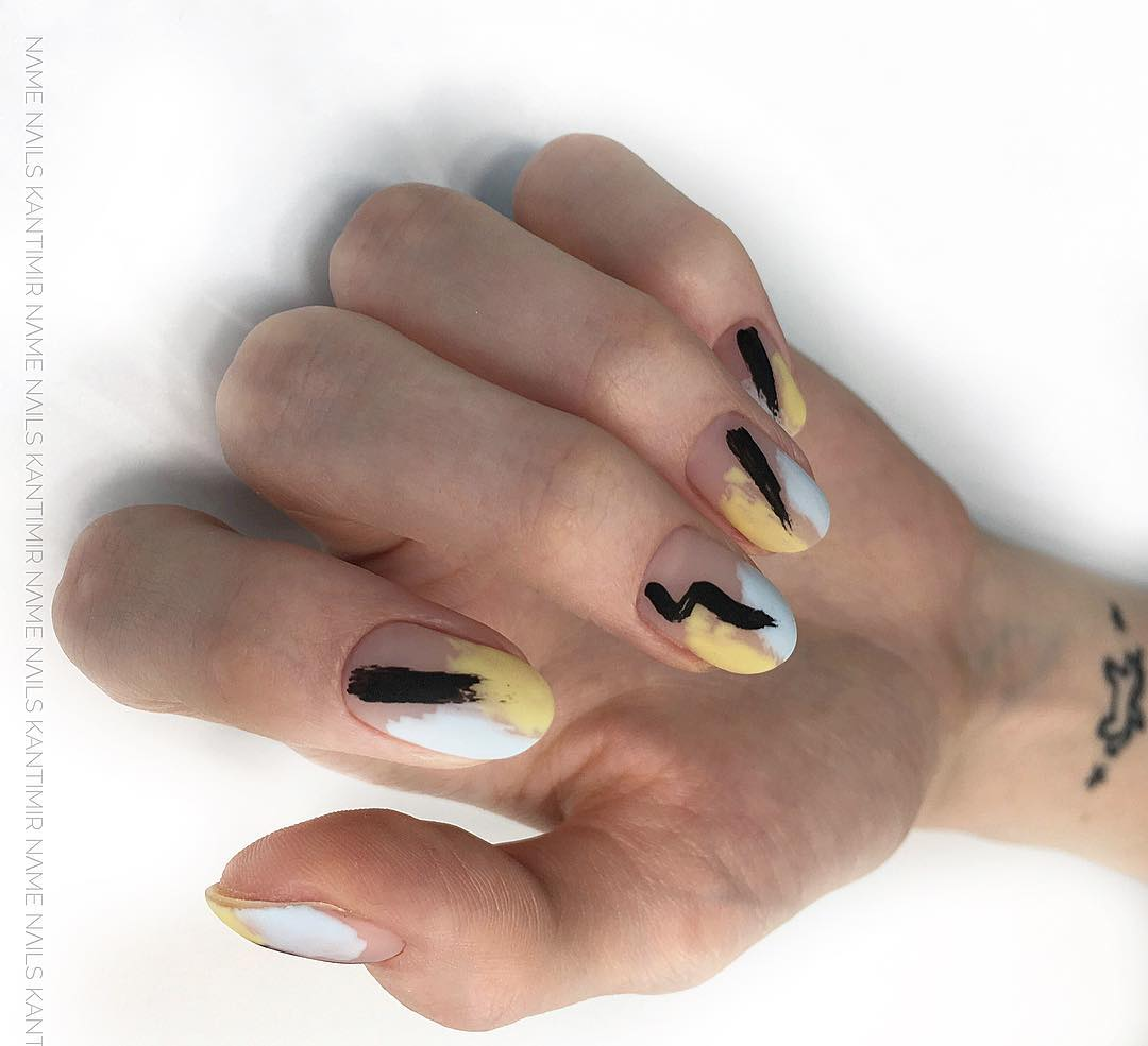 дизайн мазки кистью на ногтях фото_2
