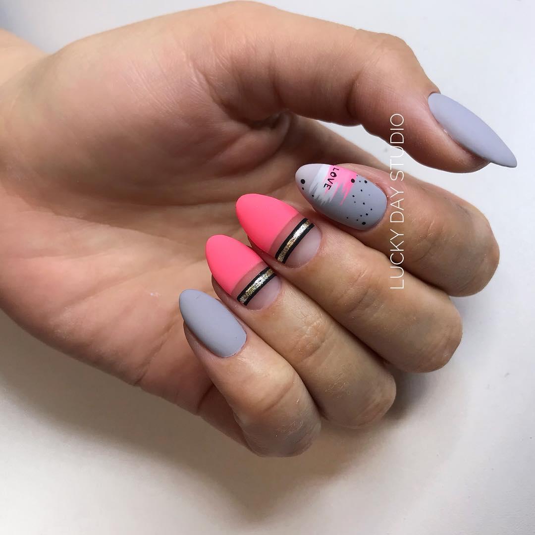 дизайн мазки кистью на ногтях фото_10