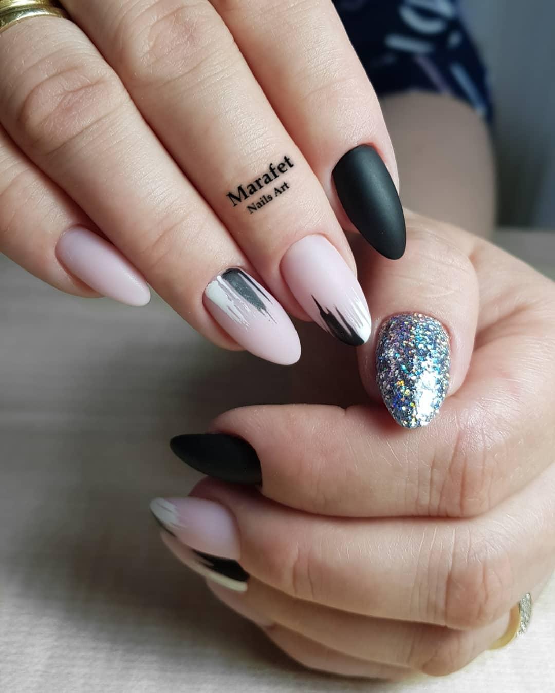 дизайн мазки кистью на ногтях фото_25