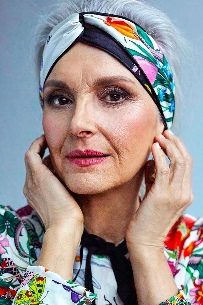 причёски для женщин старше 60 лет фото 13