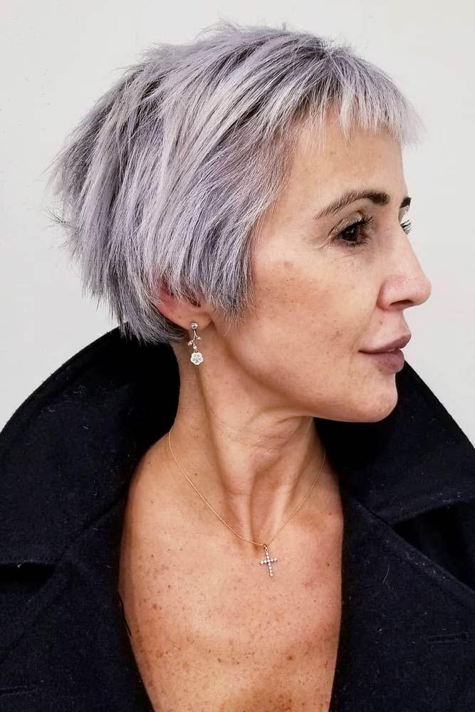 короткие стрижки для пожилых женщин фото 15