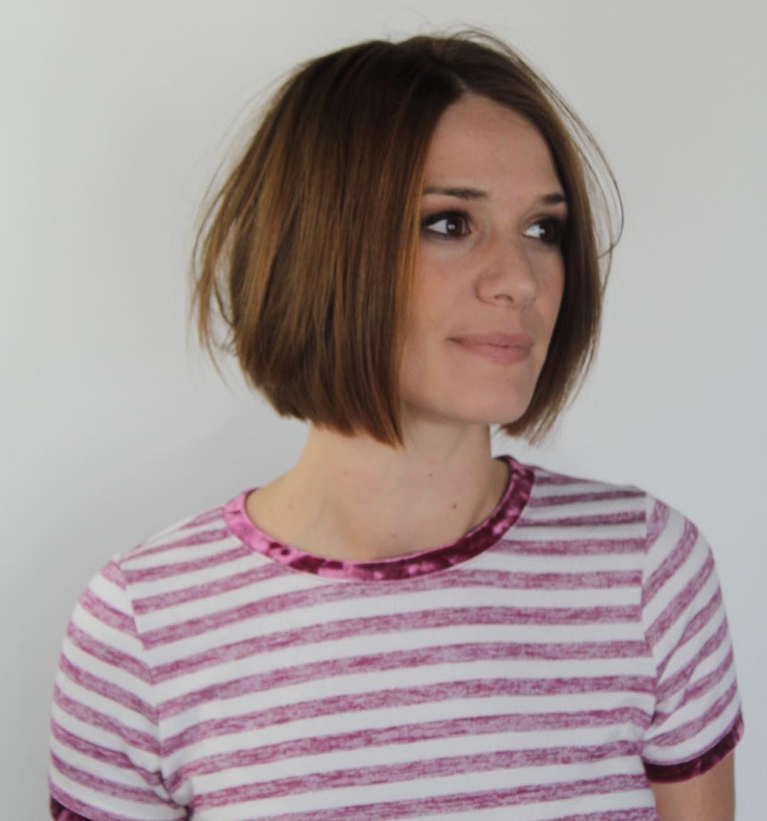 Короткие стрижки для прямых волос фото 8