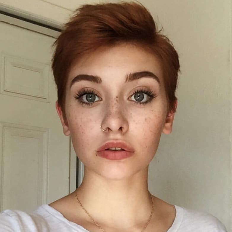 короткие стрижки для рыжих волос фото 10