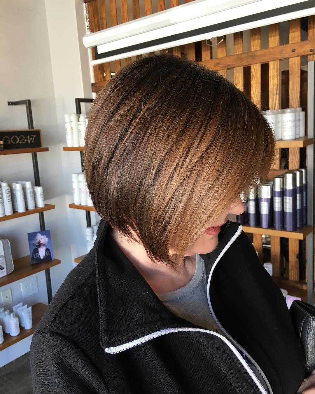 Короткие стрижки для прямых волос фото 11