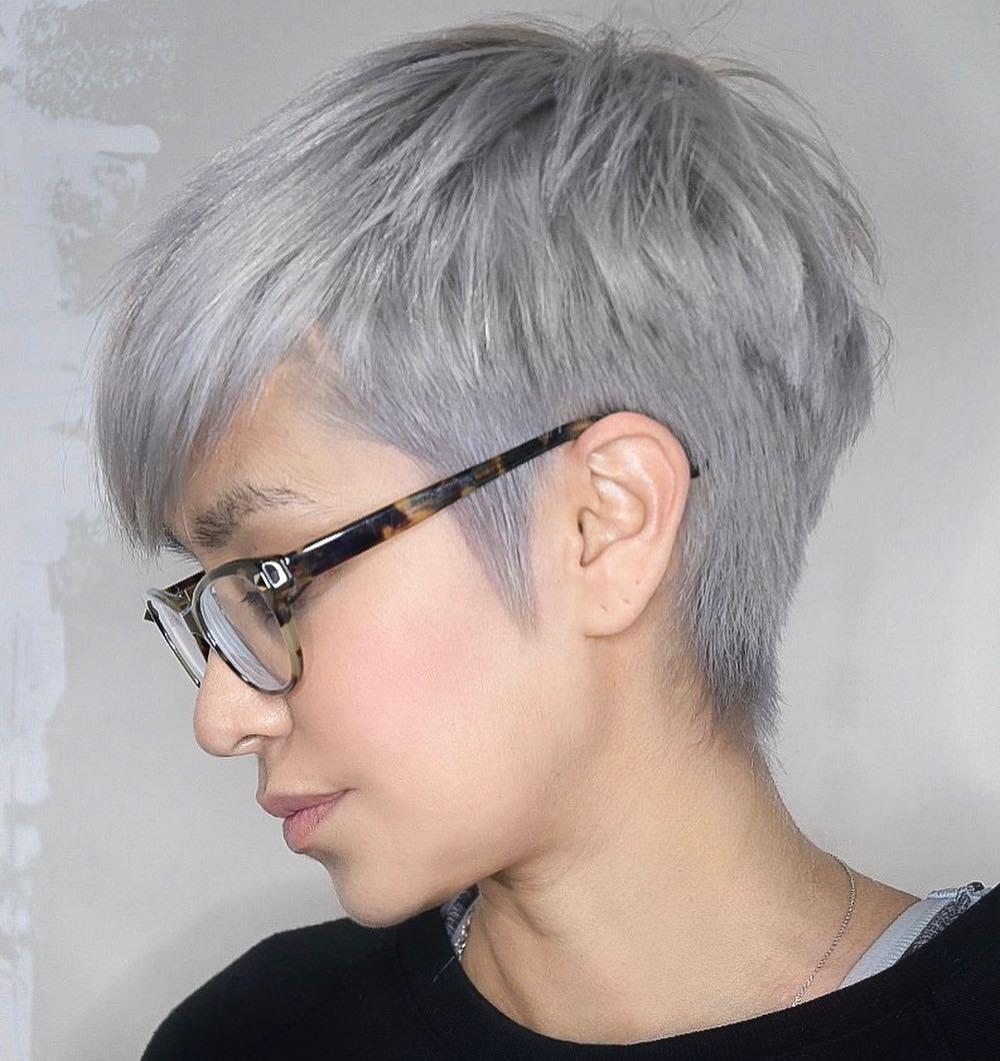 короткие стрижки для пепельных волос фото 2