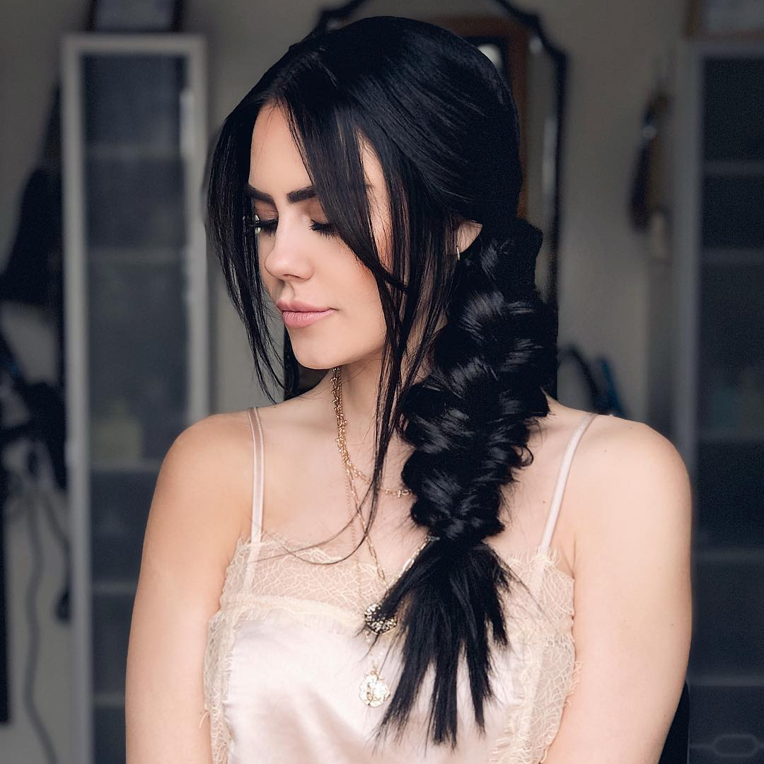 прически для длинных волос фото 9