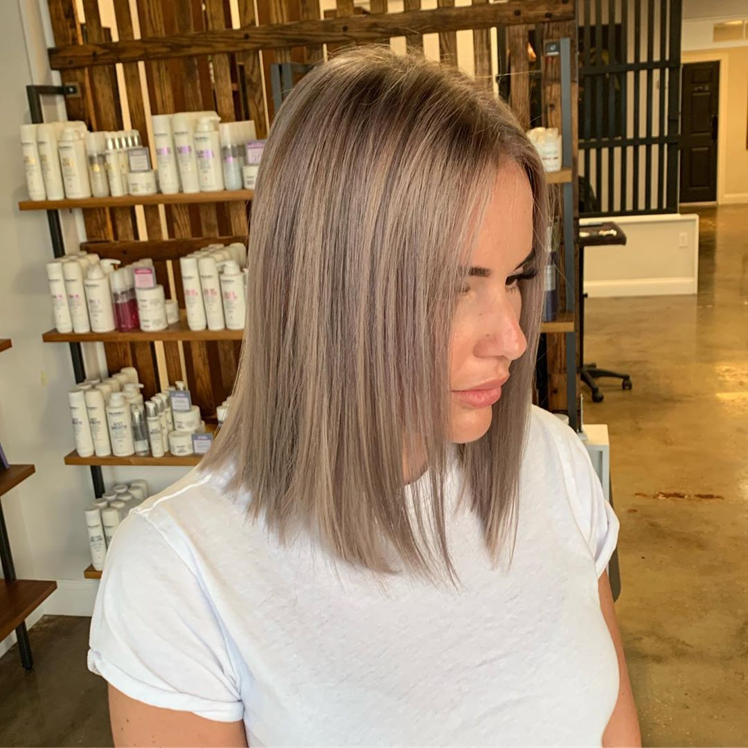 Короткие стрижки для прямых волос фото 15