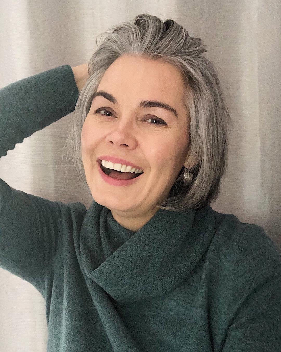 короткие стрижки для пожилых женщин фото 9