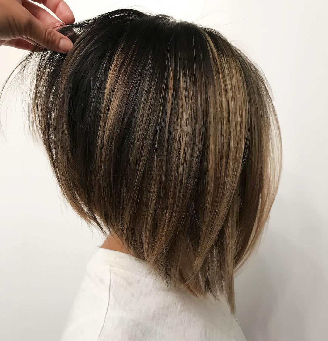 Короткие стрижки для прямых волос фото 7