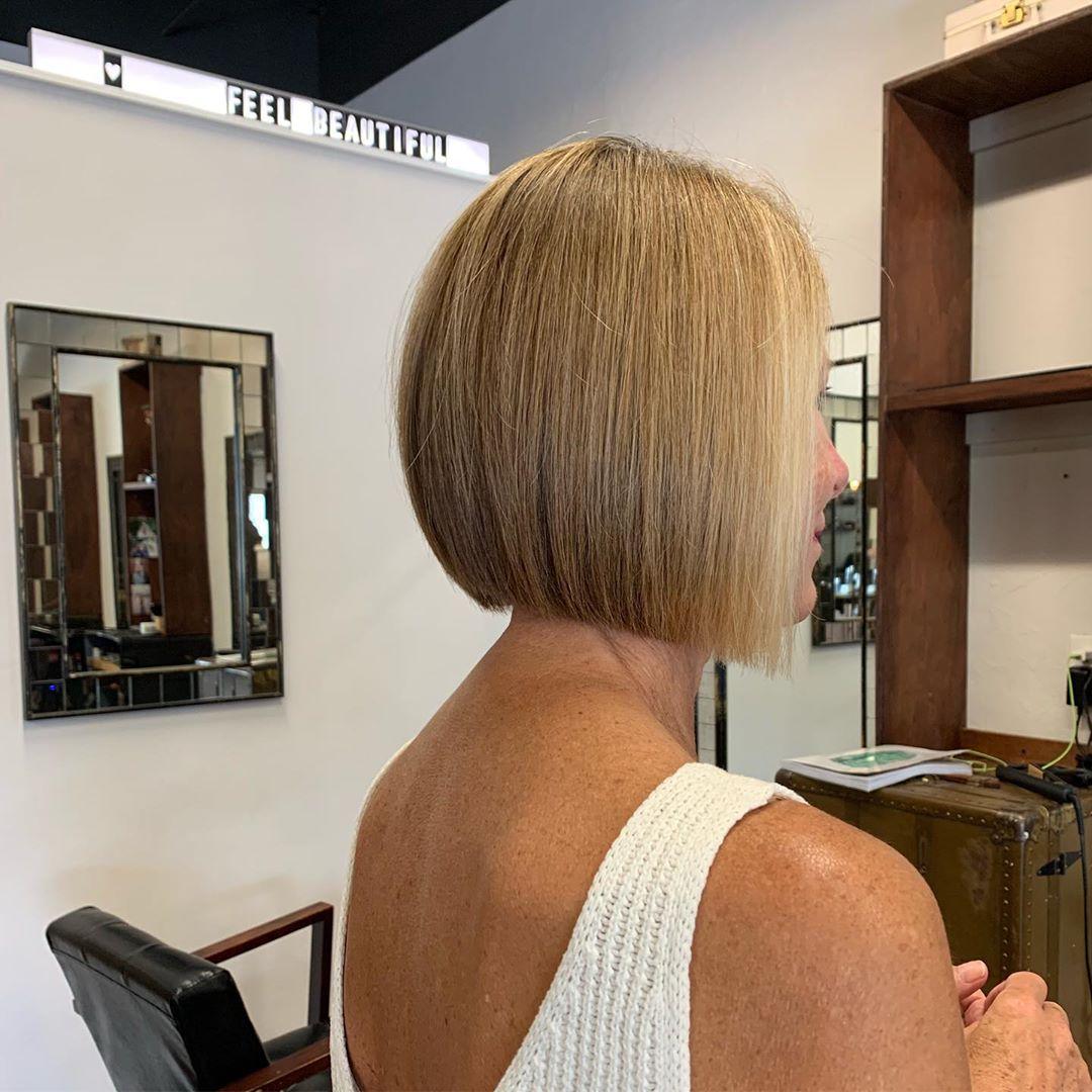 Короткие стрижки для прямых волос фото 16