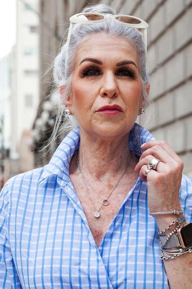 причёски для женщин старше 60 лет фото 12