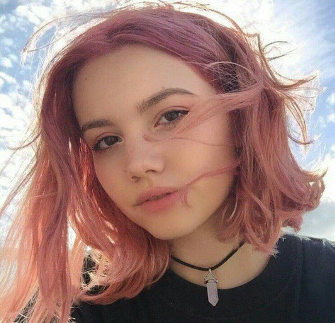короткие волосы в стиле тамблер фото 13
