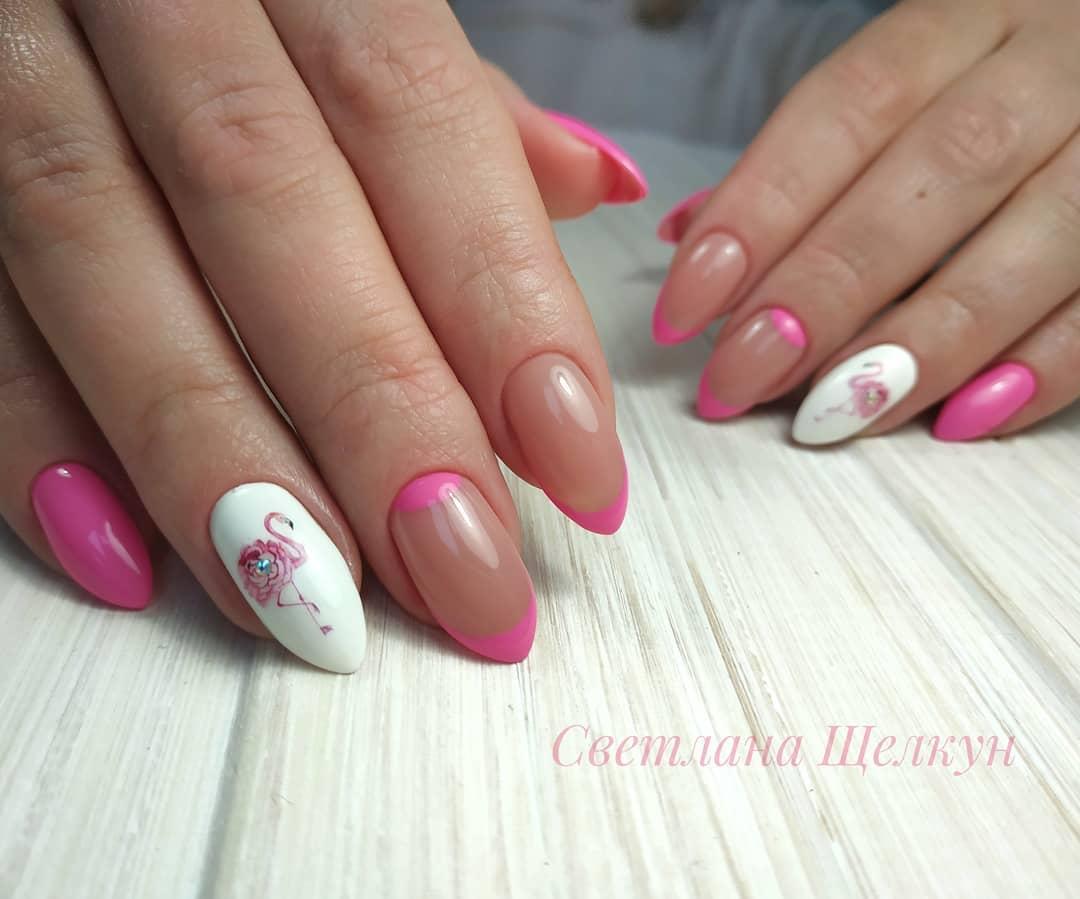 маникюр с фламинго фото_33