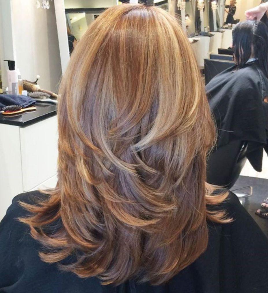 Каскад на средние волосы фото 1