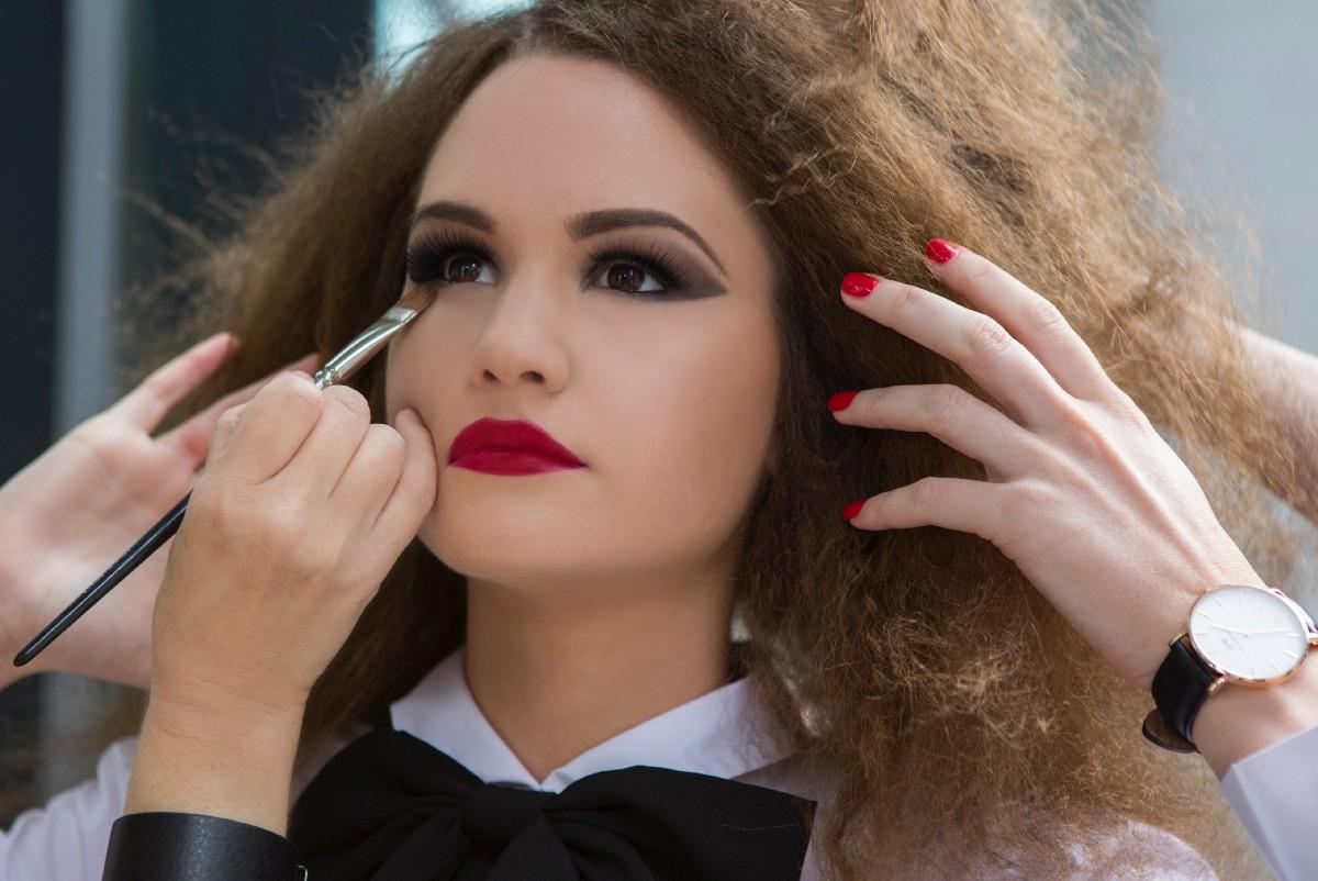 ошибки при нанесении макияжа фото 1