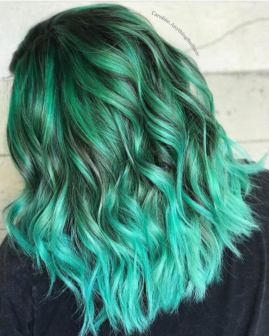 Бирюзовый цвет волос фото 2