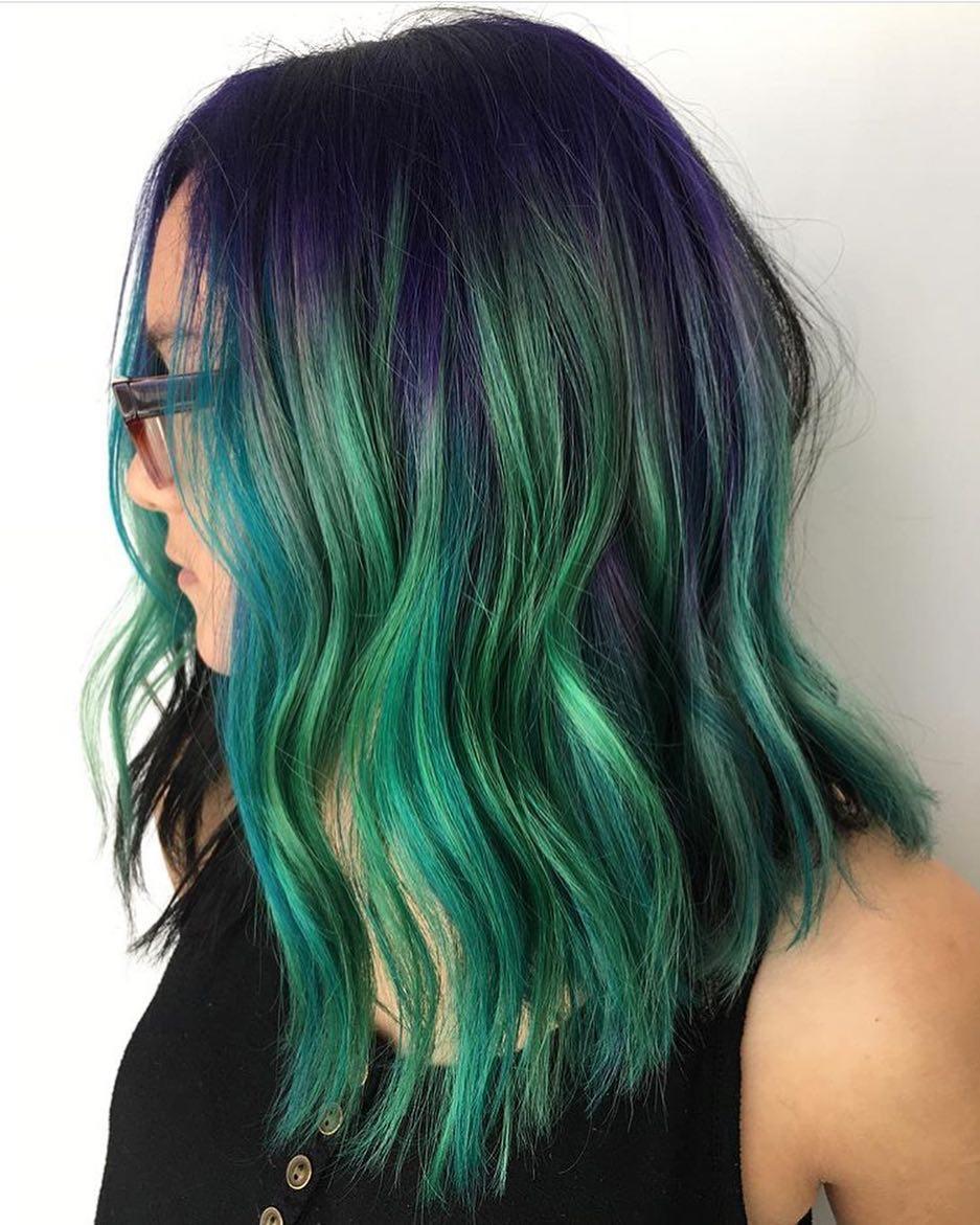 Бирюзовый цвет волос фото 3