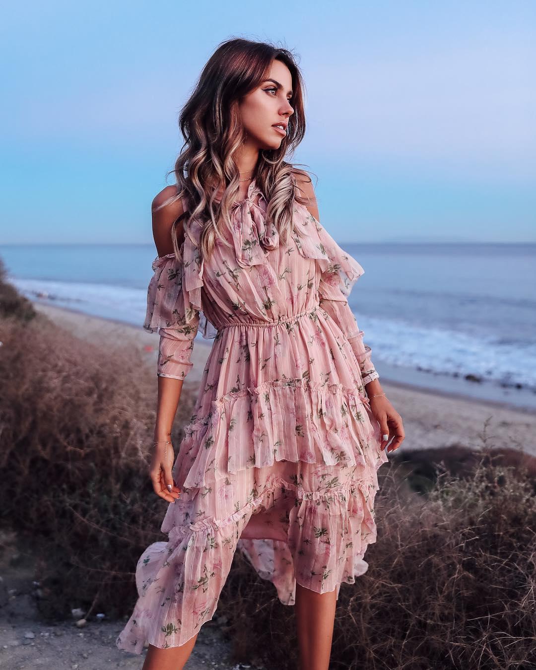 Пудровое платье фото 11