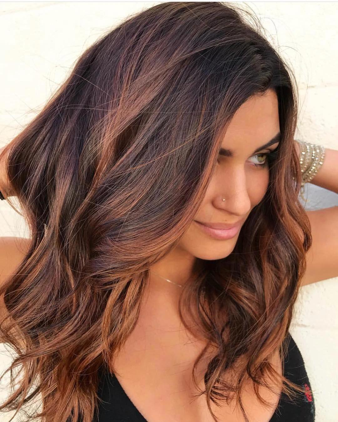 Тёмно-каштановый цвет волос фото 10