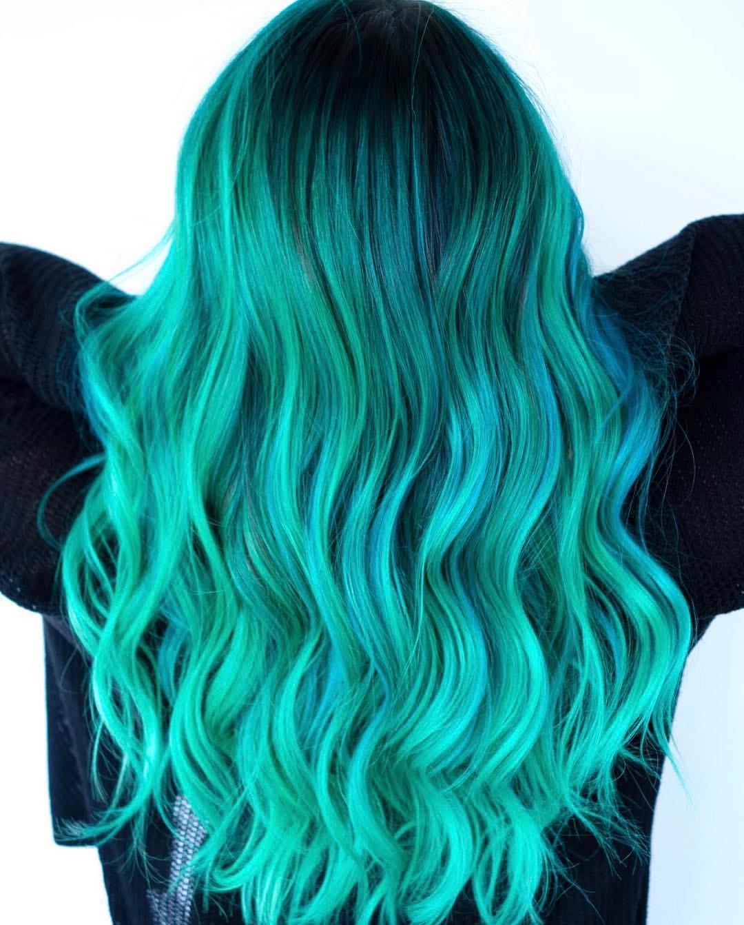 Бирюзовый цвет волос фото 6