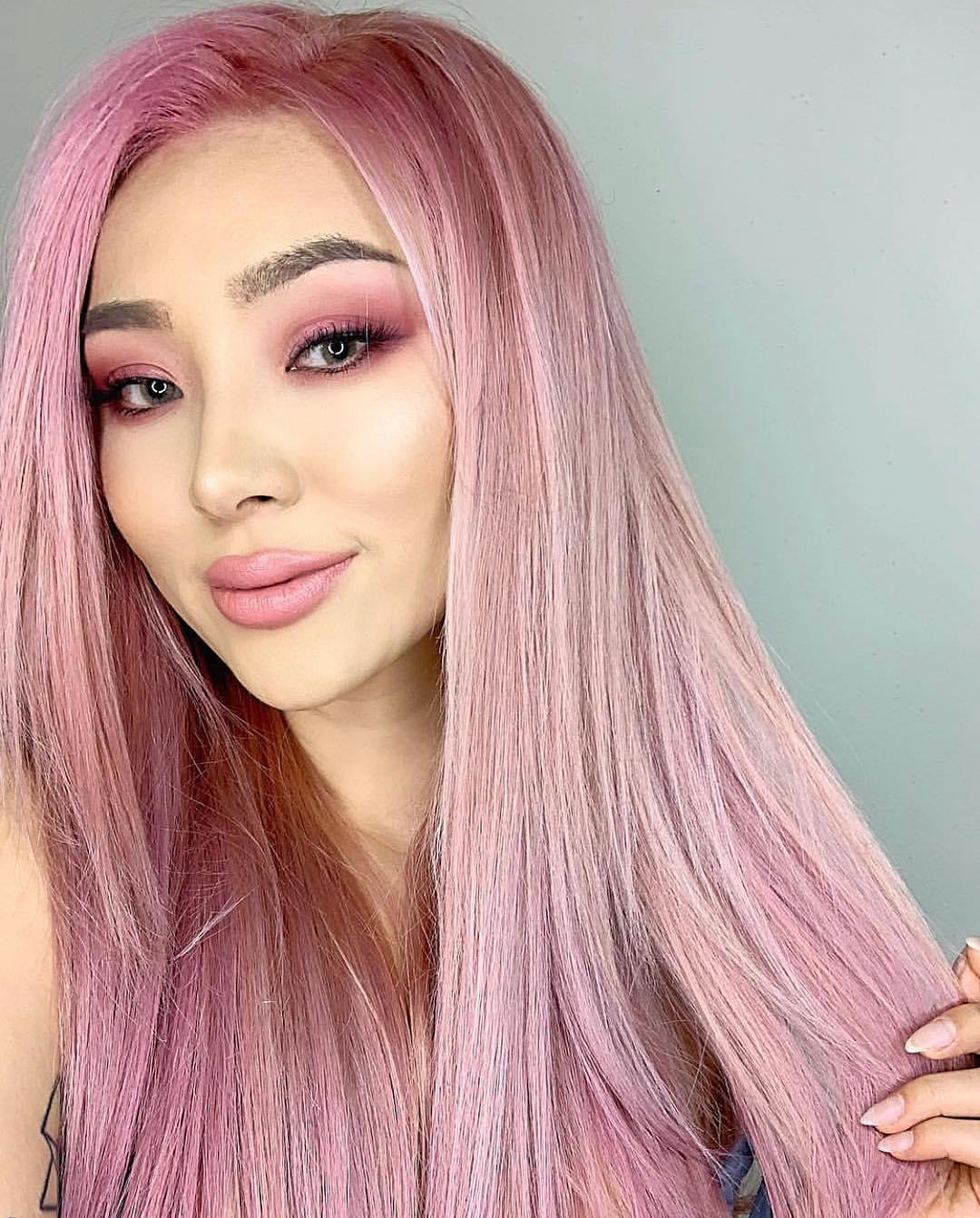 Розовый цвет волос фото 15