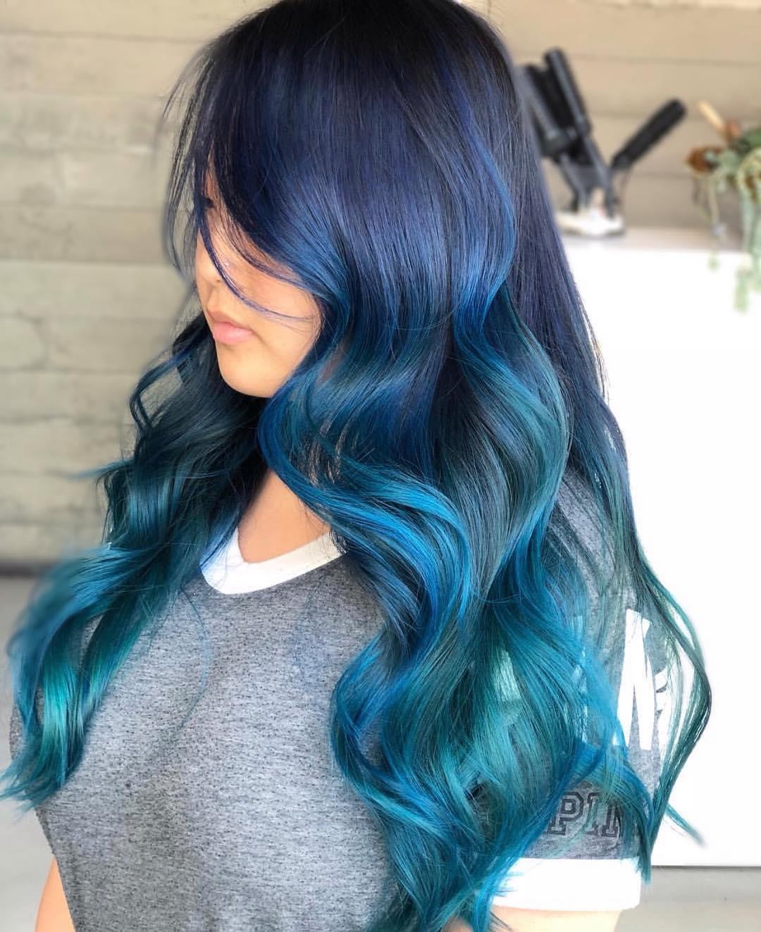 Бирюзовый цвет волос фото 12