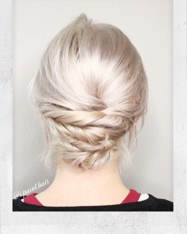 прически, чтобы тонкие волосы выглядели гуще фото 1