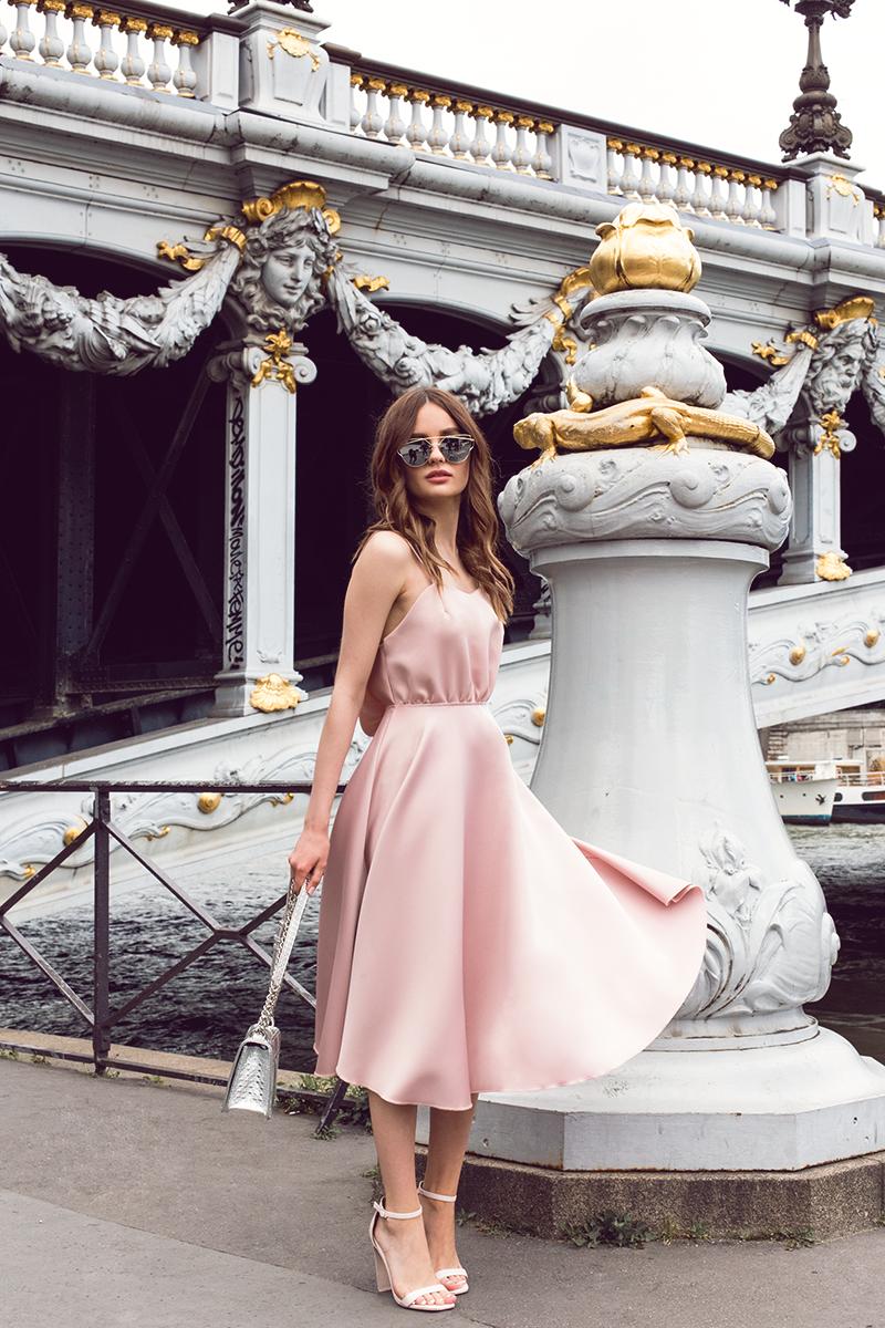 Пудровое платье фото 13