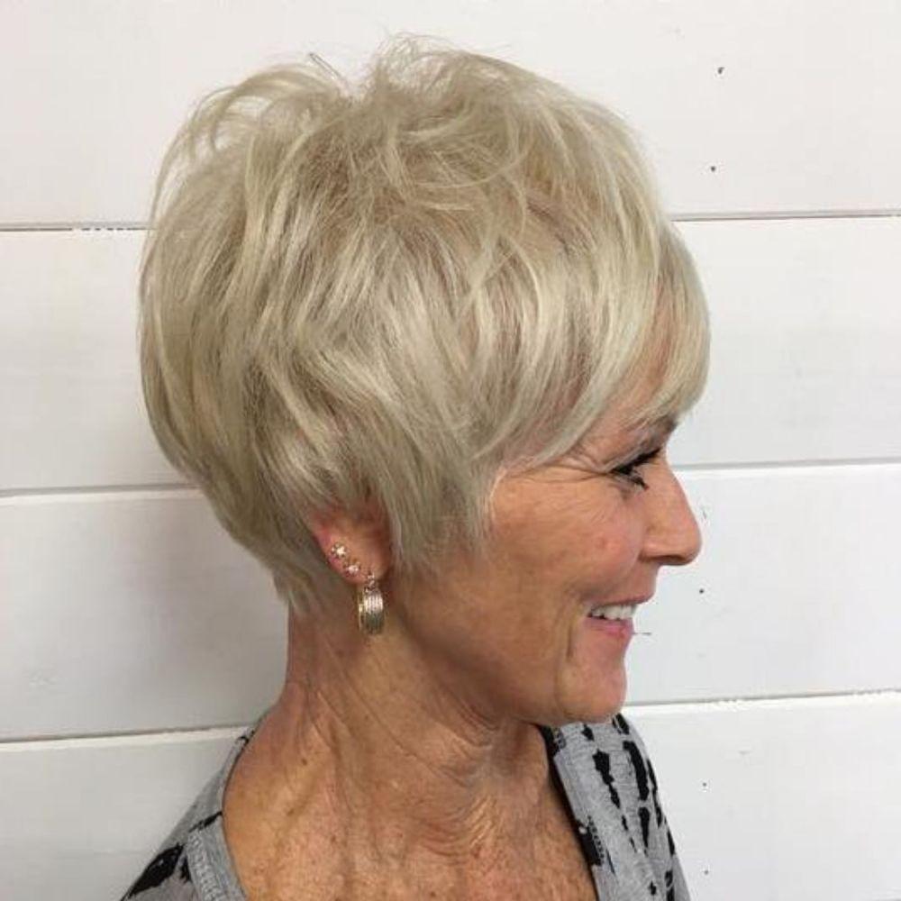 причёски, которые сделают вас моложе фото 5