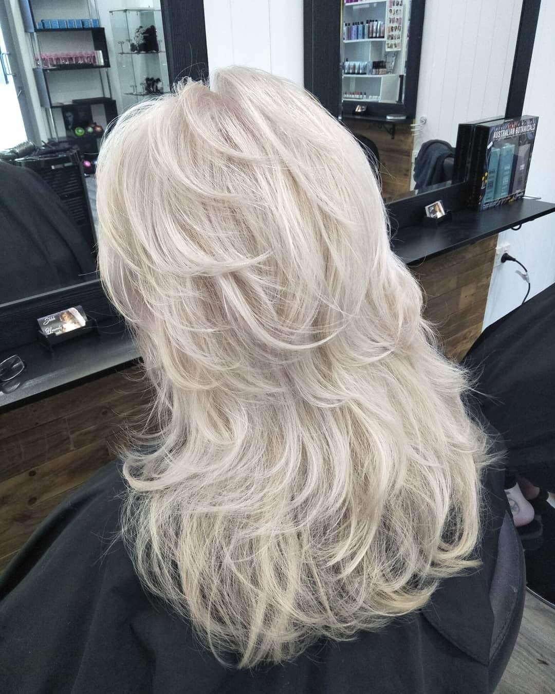 причёски для женщин старше 50 фото 10