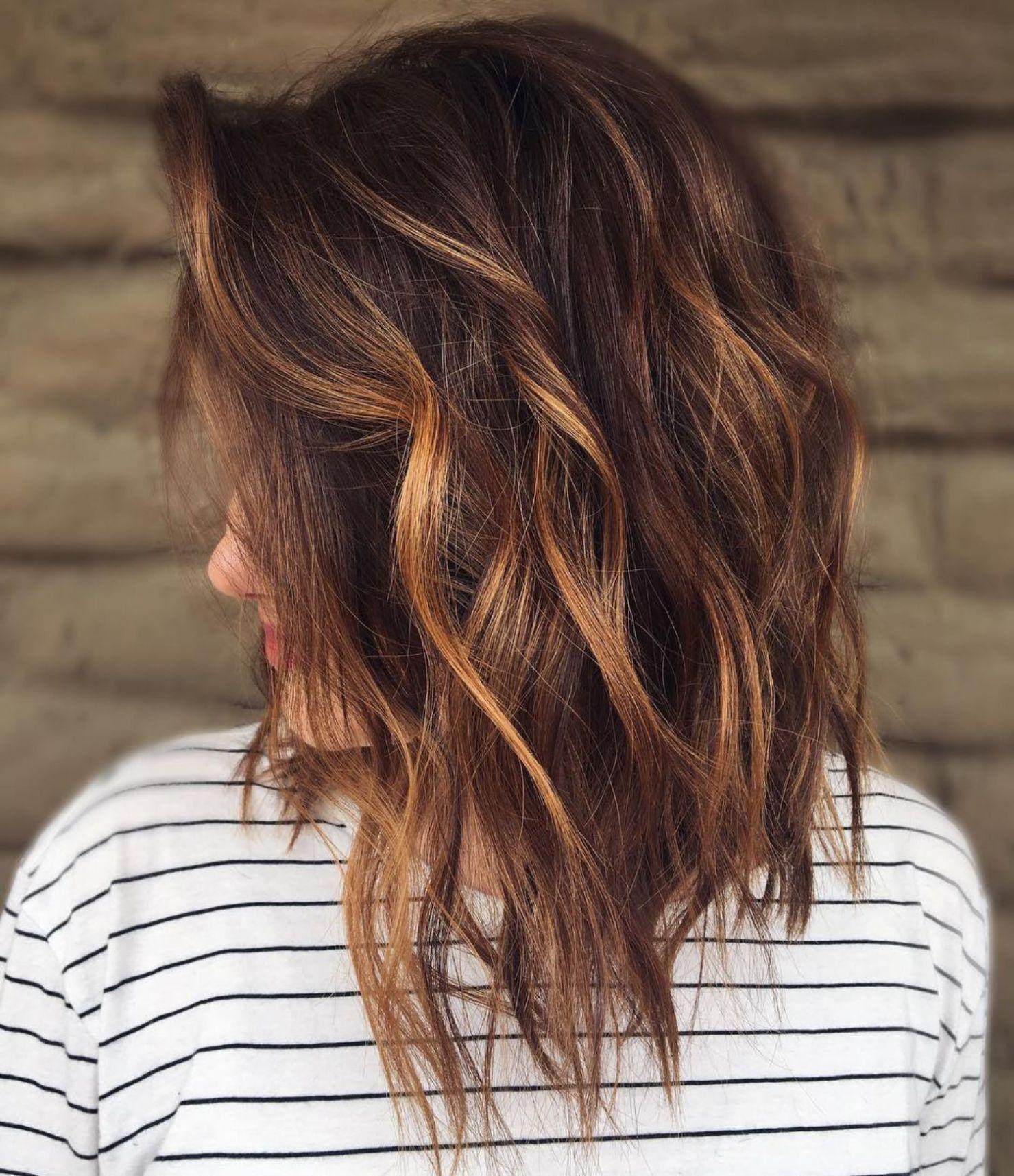 Тёмно-каштановый цвет волос фото 11