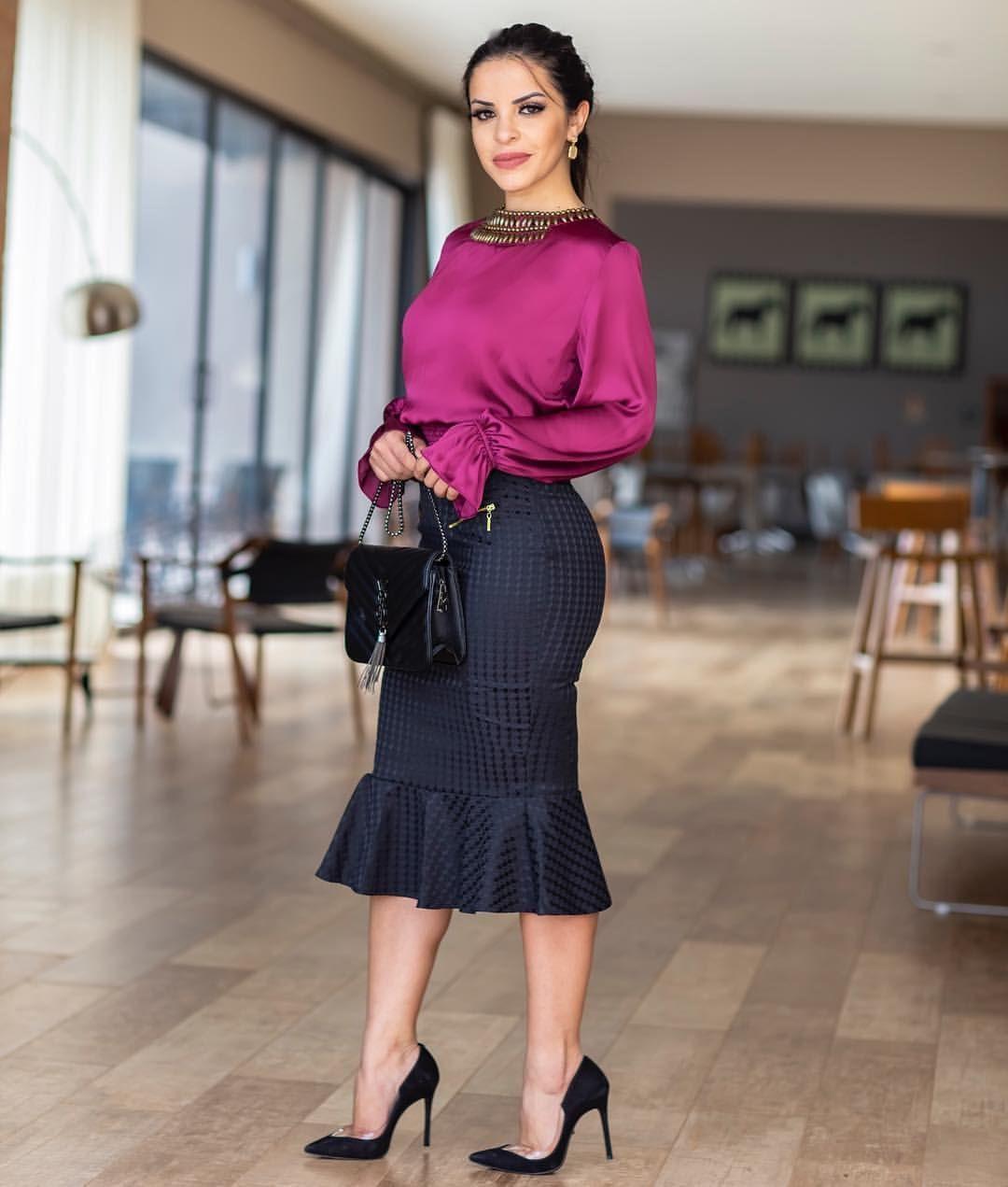 Блузка с черной юбкой фото 3