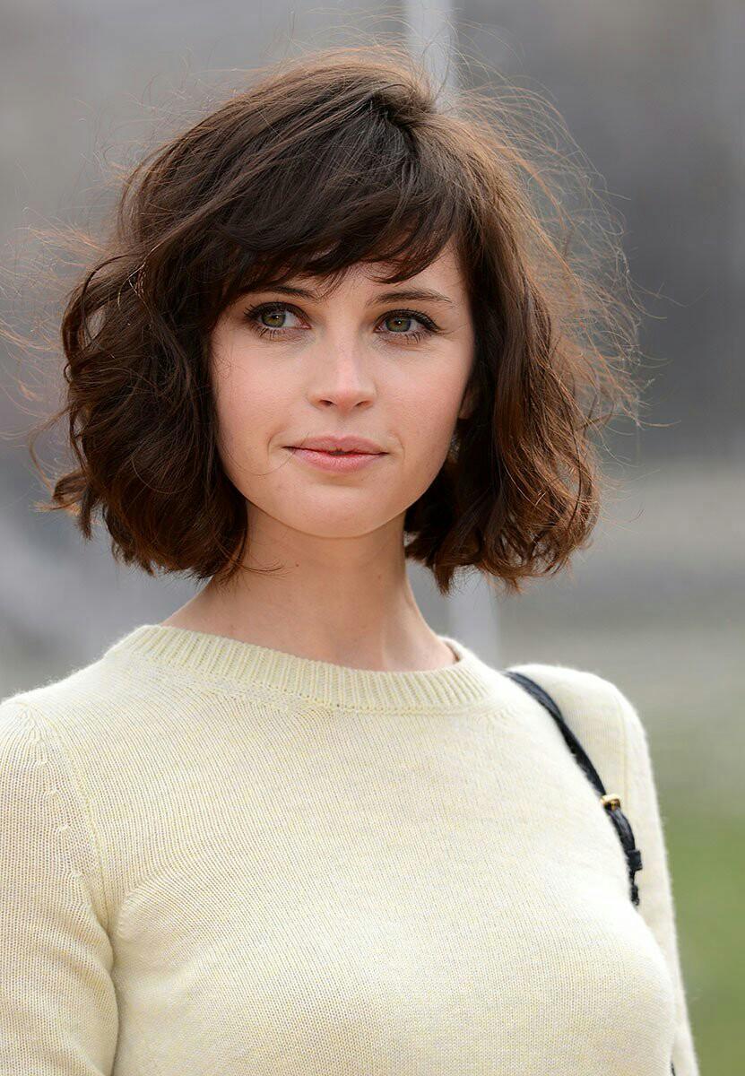 причёски для круглой формы лица фото 11