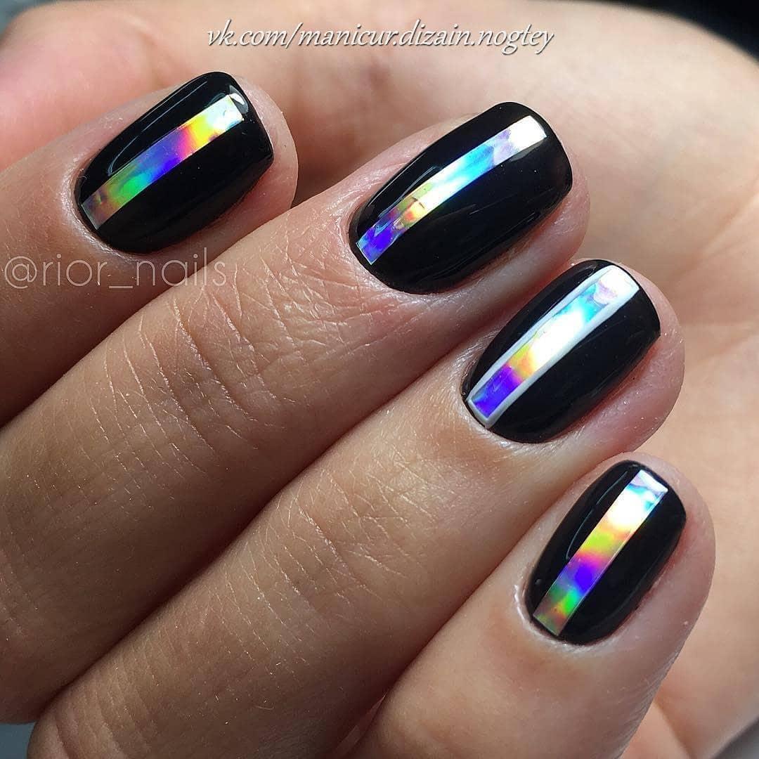 короткие темные ногти_15