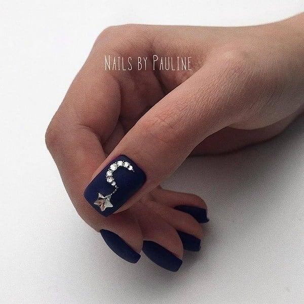 короткие темные ногти_2