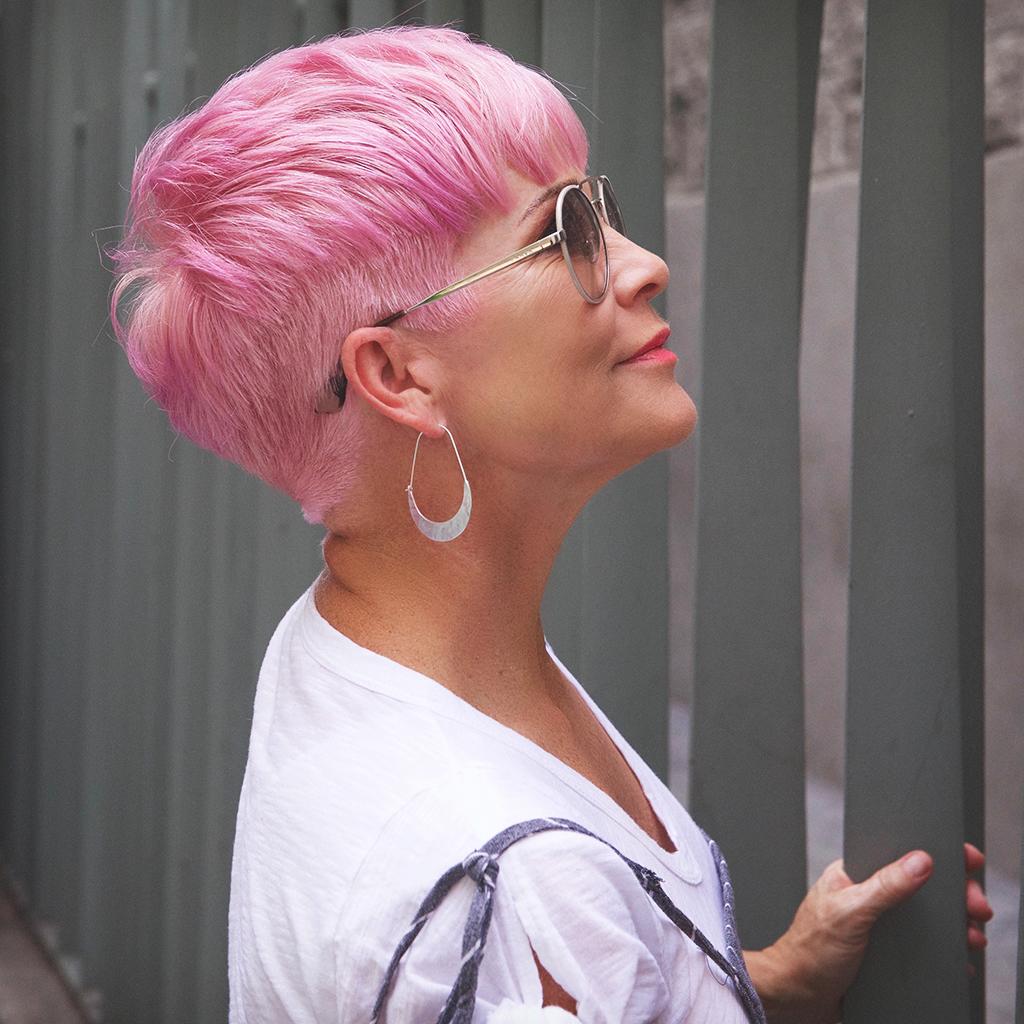 Розовый цвет волос фото 2