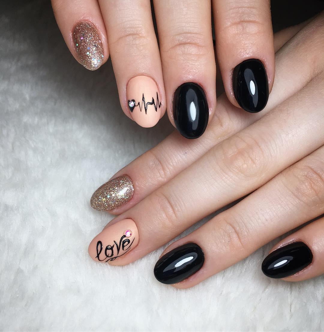 короткие темные ногти_28