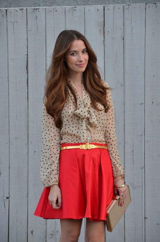 Красная юбка с блузой фото 12