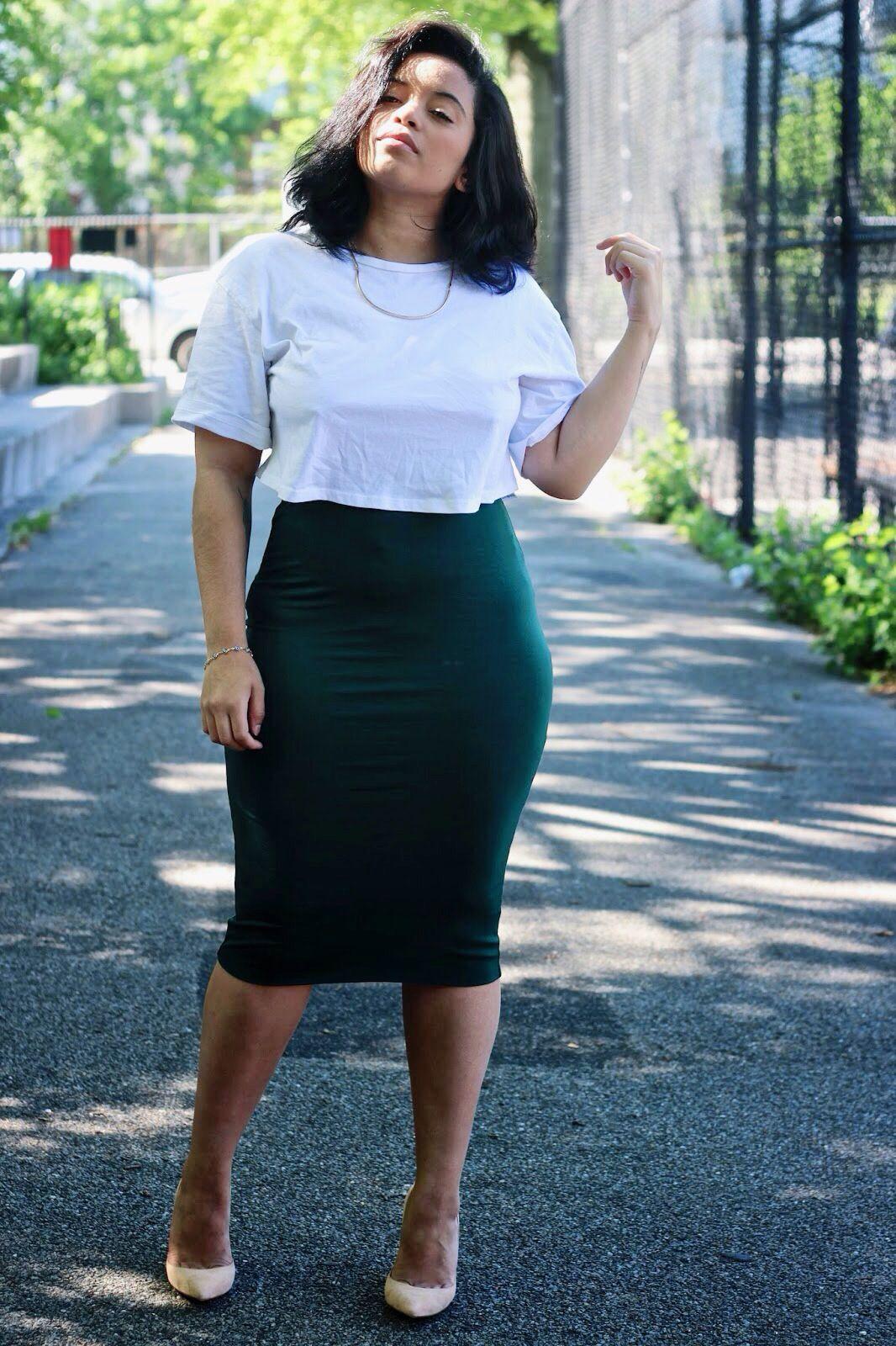 с чем носить юбку карандаш летом полным женщинам фото 7