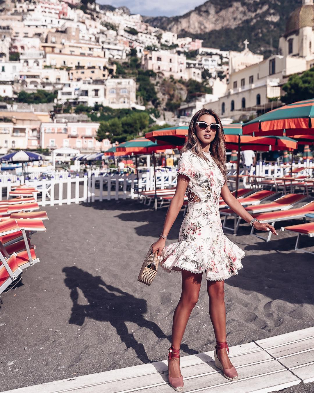 модный летние образы с цветочным принтом фото 6