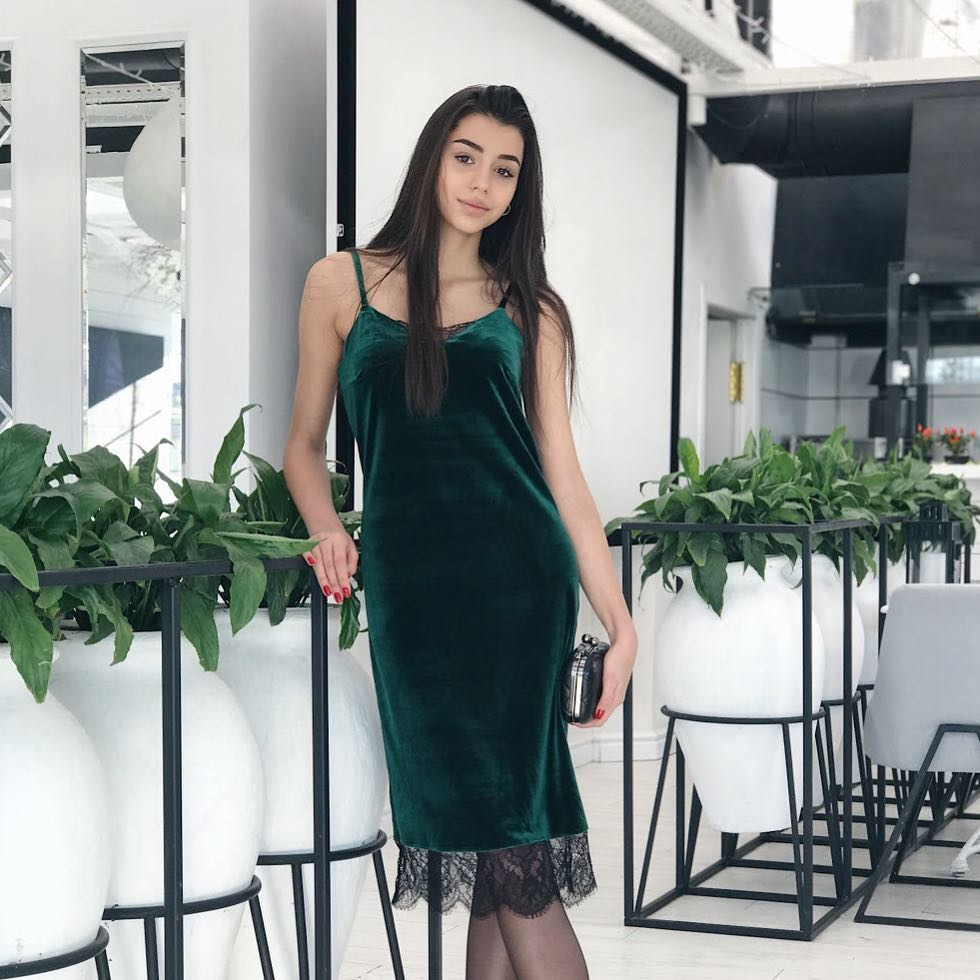 Зеленое платье фото 3