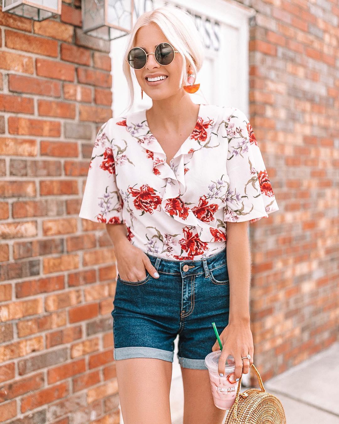 модный летние образы с цветочным принтом фото 10