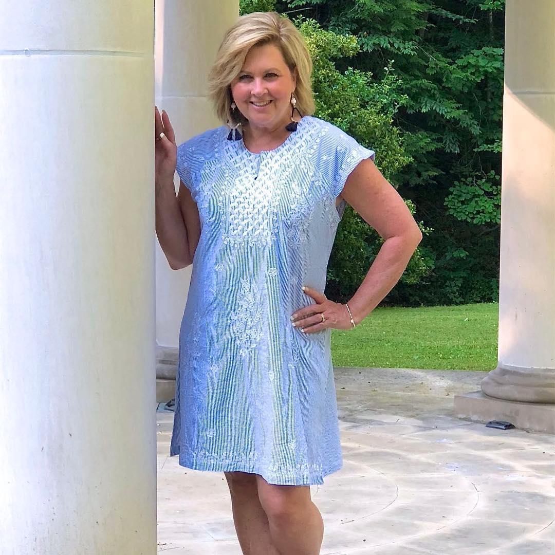 с чем носить тунику летом женщинам после 40-50 лет фото 8