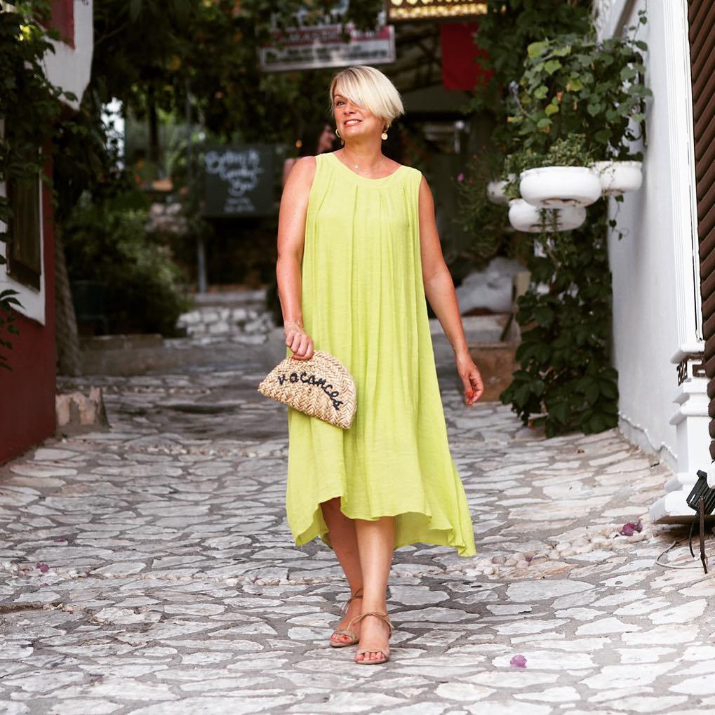пляжные платья и туники для женщин после 40-50 лет фото 1