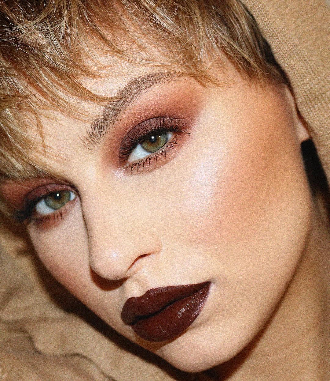 Коричневый макияж фото 2